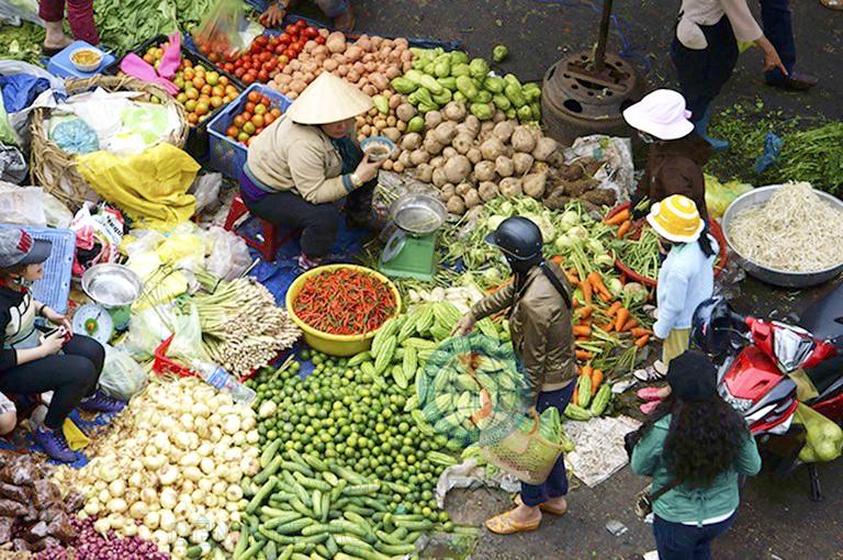 Chợ truyền thống ở Hà Nội: Dấu ấn quá khứ với hiện tại